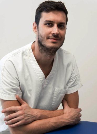 Stefano Barra, osteopata e osteopata pediatrico. Riceve a Viadana, Casalmaggiore, Guastalla, Dosolo, Mantova.